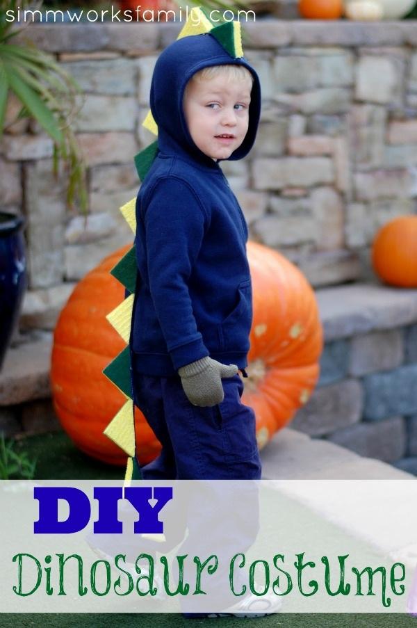 Rawr Dinosaurs! {DIY Dinosaur Costume} Simmworks Family Blog