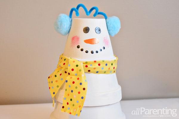 DIY stacked pot snowman - CraftSmile