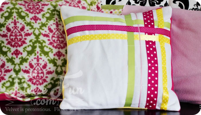 Easy Ribbon Pillow