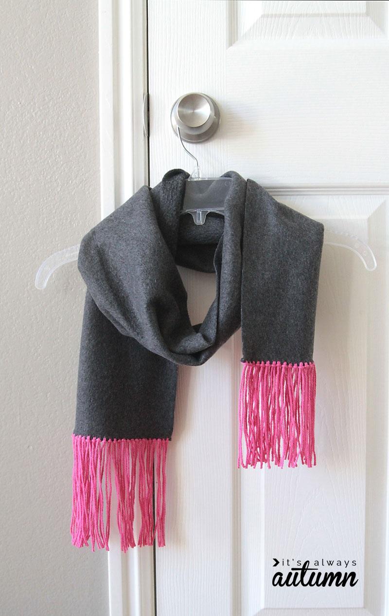 Fleece and Fringe No Sew Scarf