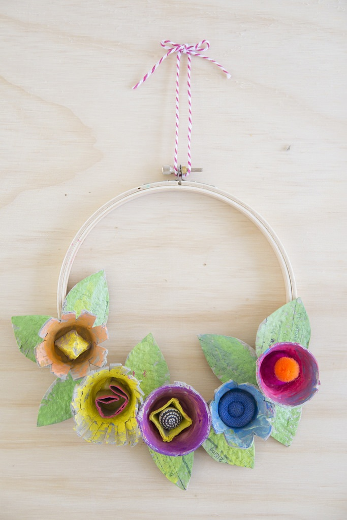 Crafts With Kids Egg Carton Floral Wreath