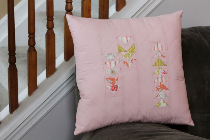 Tutorial flying geese quilted pillow