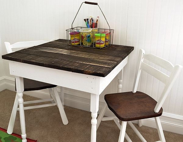 Cute Kid's Pallet Table