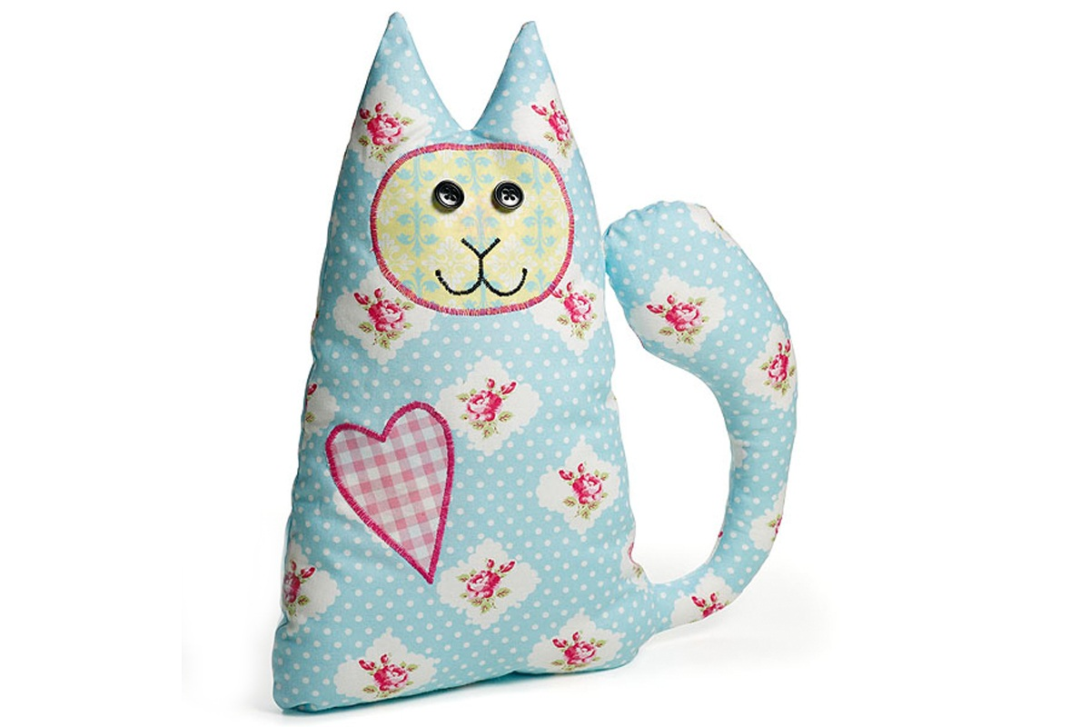How to Sew a Fabric Cat Cushion