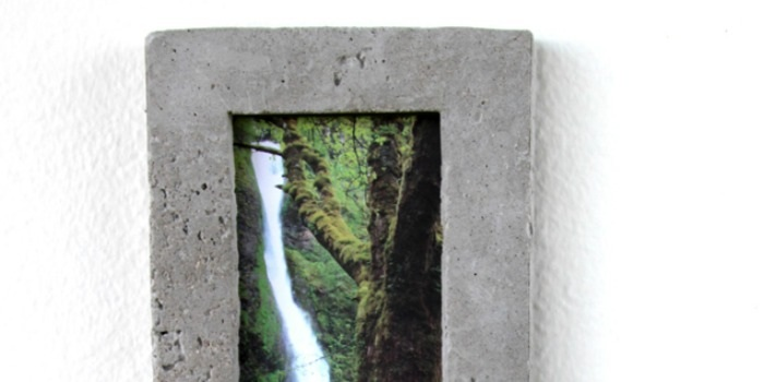 DIY Concrete Picture Frame