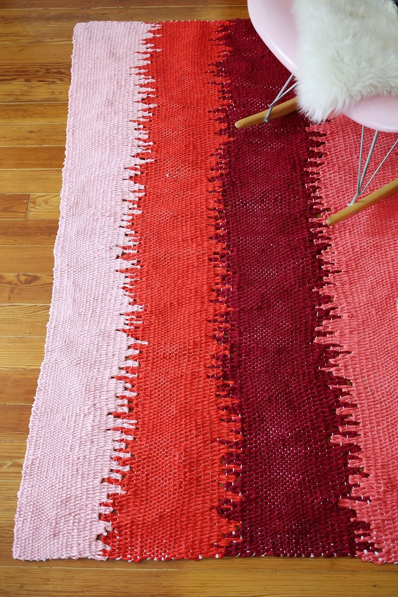 Static Lines Woven Rug DIY
