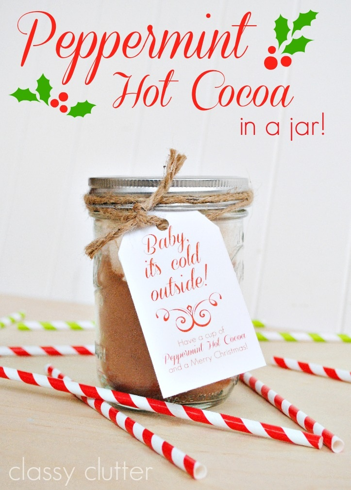 Peppermint Hot Cocoa in a jar FREE printables
