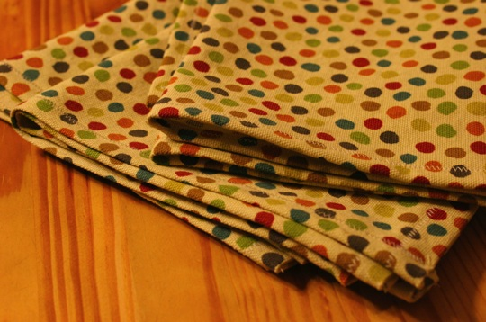 Look! Upcycled Fabric Becomes a Handmade Towel Set