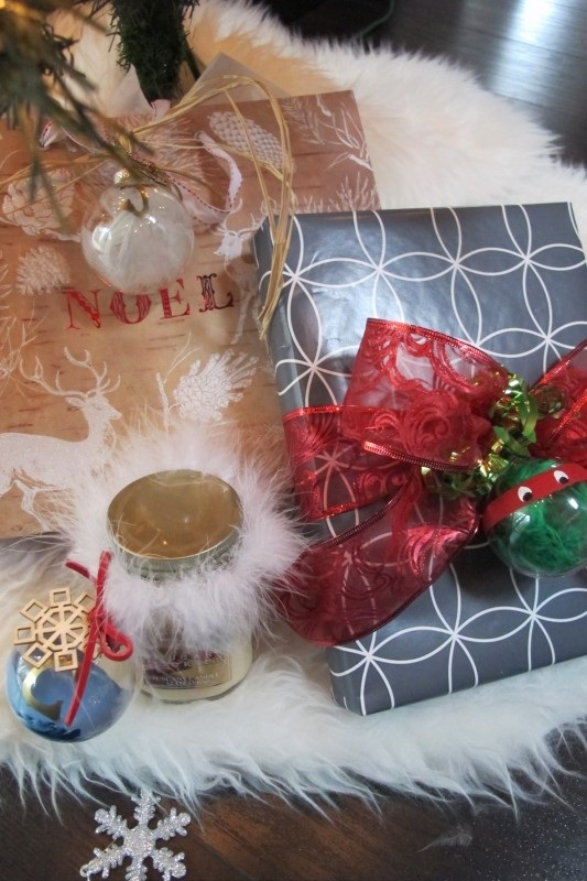 Monthly DIY Challenge Glass Ornament Gift Tags