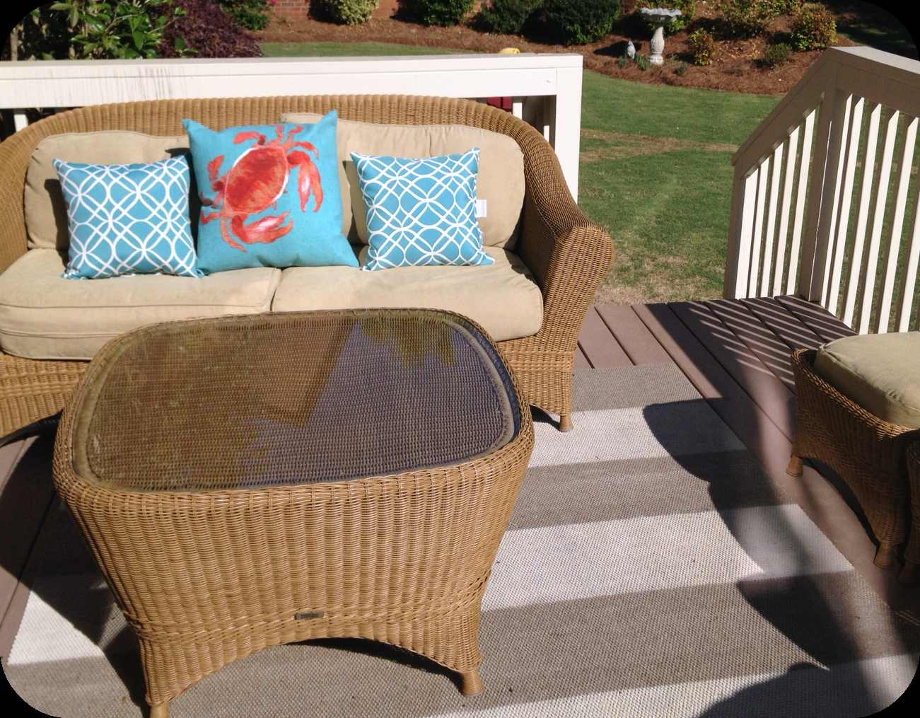 DIY Outdoor Rug on a Budget