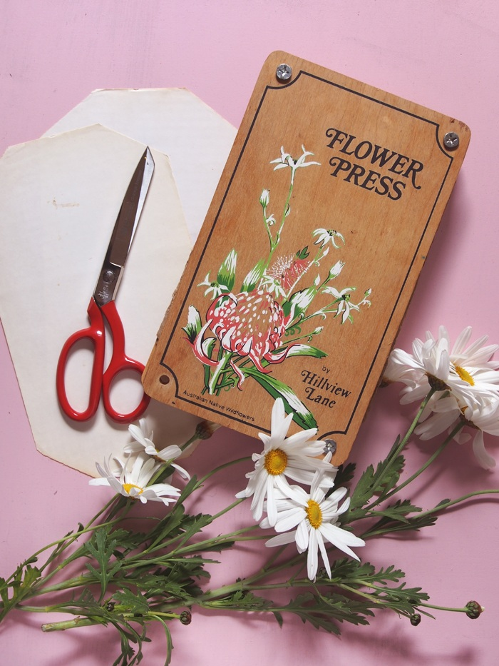 Make It! How to Press Flowers