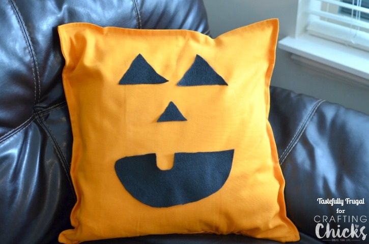 No Sew Jack Lantern Pillow