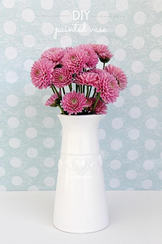 A Simple DIY Painted Vase