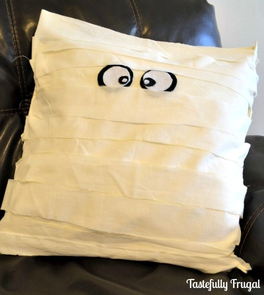 No Sew Knock Off Pottery Barn Mummy Pillow