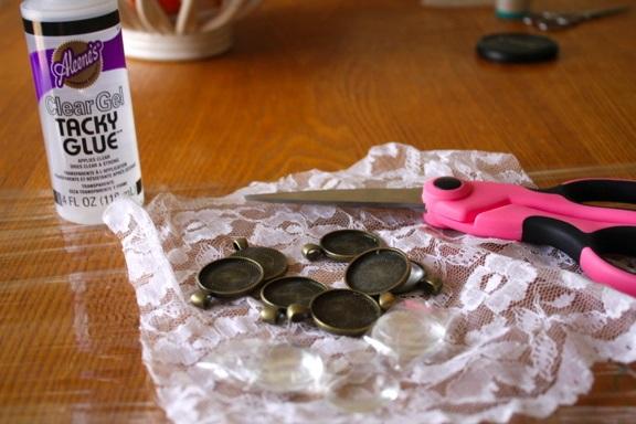 DIY - Lace Pendant