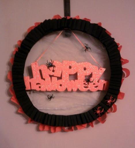 Happy Halloween Wreath {tutorial}